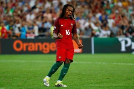 Sanches backed to keep improving