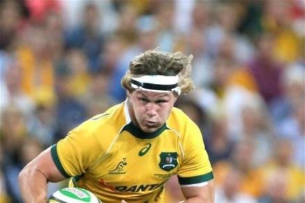 Aussies do enough to battle past All Blacks