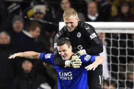 Schmeichel grateful for Foxes awards
