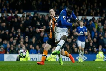 Everton set Lukaku fee