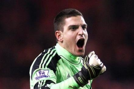 Mannone wants Sam to stay