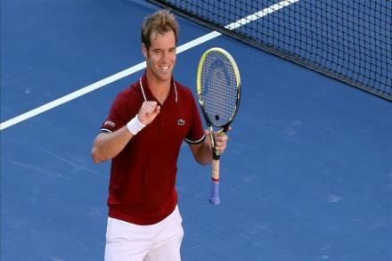Gasquet sets up Pouille final