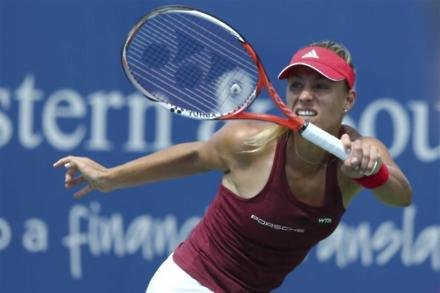 Kerber crashes out in Rome