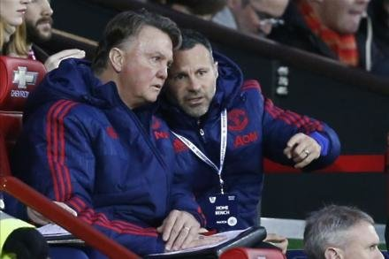 Van Gaal to get United pay-off
