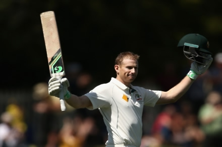 Voges and Khawaja keep Oz in command