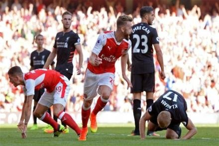 Chambers up for Gunners fight