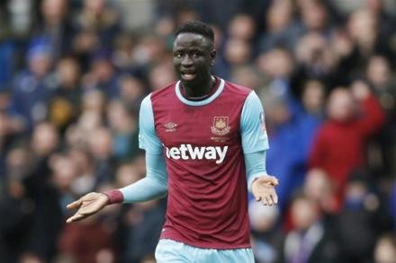Kouyate thanks team-mates