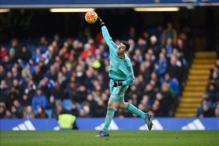 Courtois coy over Chelsea future