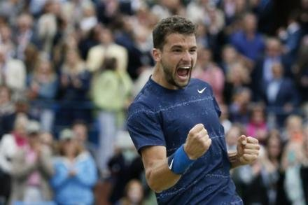 Dimitrov delights home fans