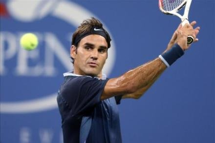 Federer relieved with straight-sets success