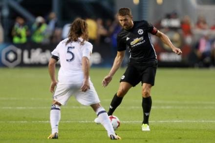 Carrick considering MLS option