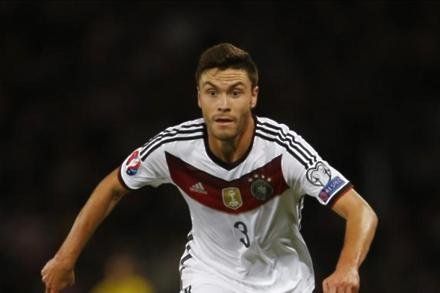 Cologne left-back admits Klopp lure