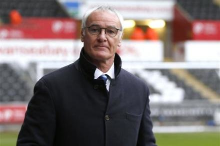 Ranieri waiting for Palace approach