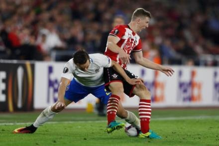 Saints yet to agree Targett switch