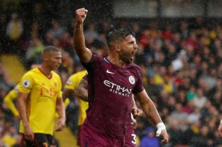 Aguero available for Foxes trip