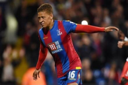 Gayle agrees Palace contract extension