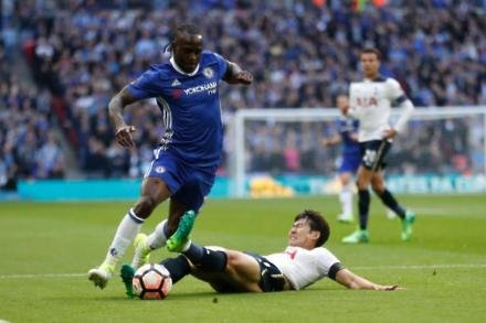 Moses returns for Chelsea