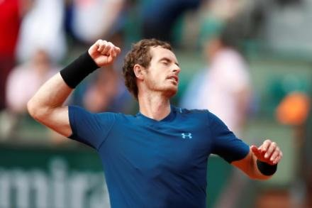 Murray steps up injury recovery