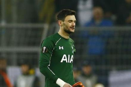 Lloris hails superstar Kane