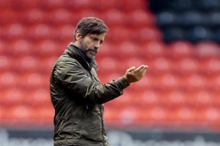 Flores fully focused on ending Watford slump
