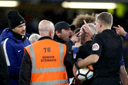 Pundits question VAR system after FA Cup clash
