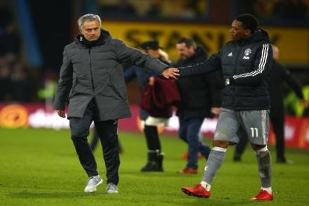 Mourinho keen to assure Martial over future