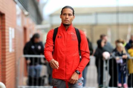 Boss urges fans to forget VVD