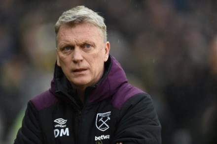 Moyes targets top-10 finish