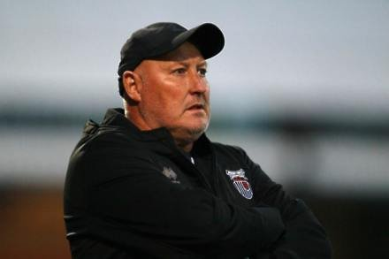 Grimsby sack Russell Slade after winless run hits 12 matches