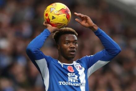 Winger Gboly Ariyibi joins Northampton on loan