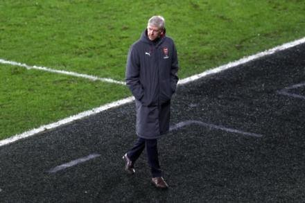 Wenger - English players now 'masters' of diving