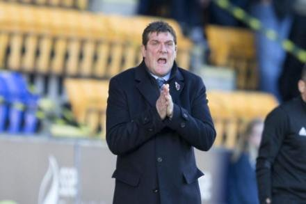 Tommy Wright demands consistency from faltering St Johnstone