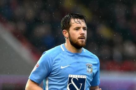 Marc McNulty at the double as Coventry see off Swindon