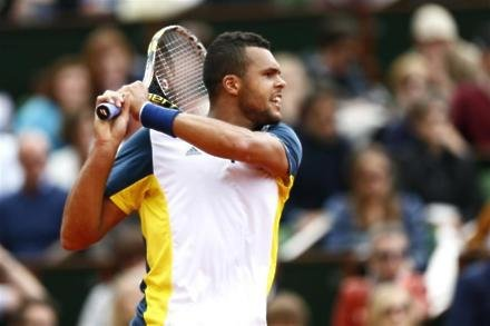 Tsonga sets up all-French final