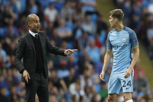 Guardiola hails City defender