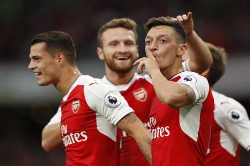 Wenger confident Ozil will stay