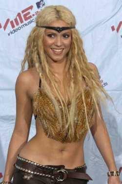 shakira topless