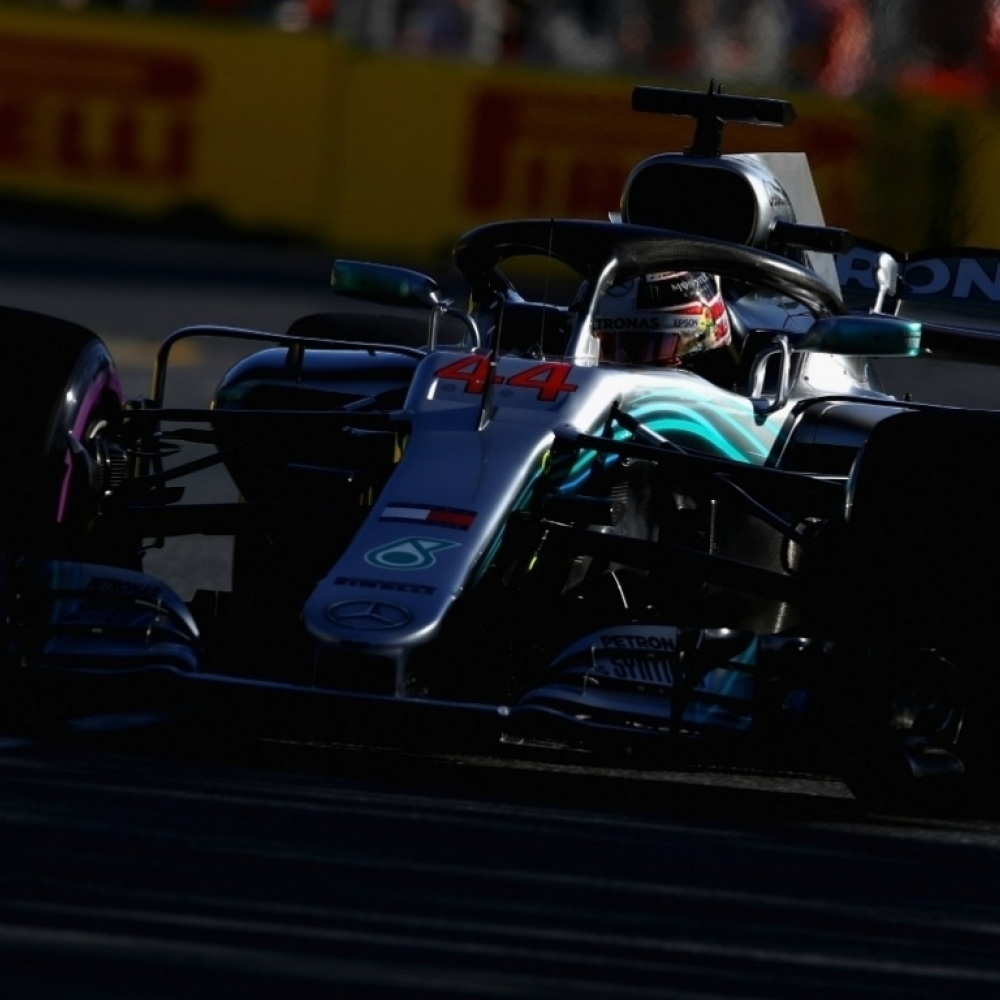Record pole for Hamilton; Bottas crashes out